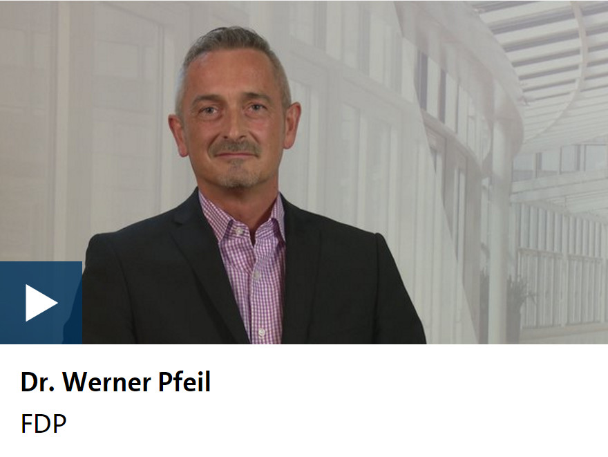 Dr. Werner Pfeil beim WDR-Kandidatencheck
